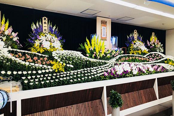 見学会。京都市中京区の葬儀相談ならかもがわホール。